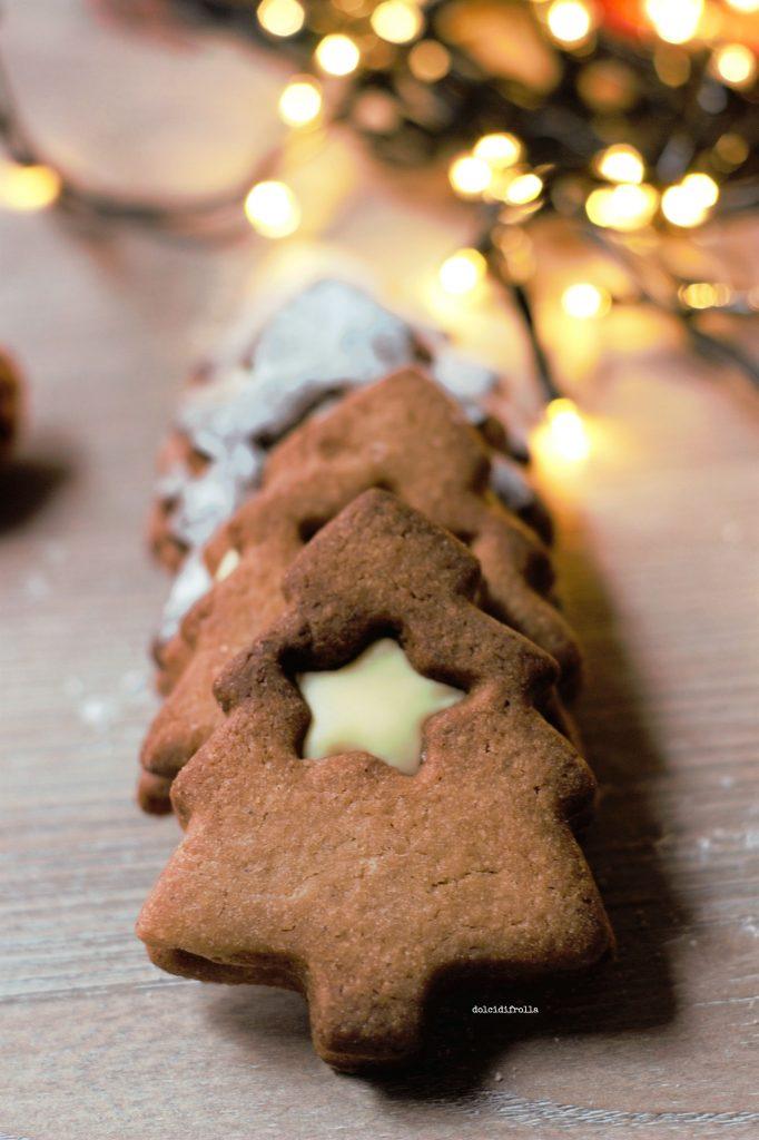 Biscotti Classici Di Natale.Biscotti Di Natale Al Caffe E Cioccolato Bianco Dolci Di Frolla